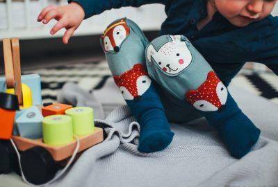適合1歲男孩的最佳玩具– 25種絕佳選擇