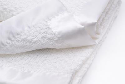 老式的100%棉嬰兒毯
